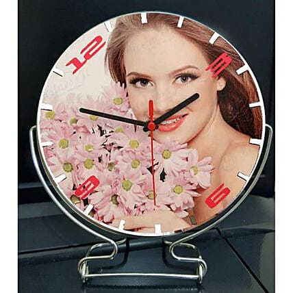 Personalised Desktop Clock: Send Gifts to Sri Lanka