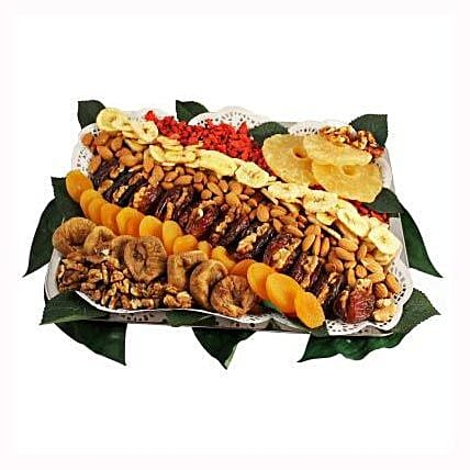 Ya Habibi Platter: Christmas Gift Delivery in Poland