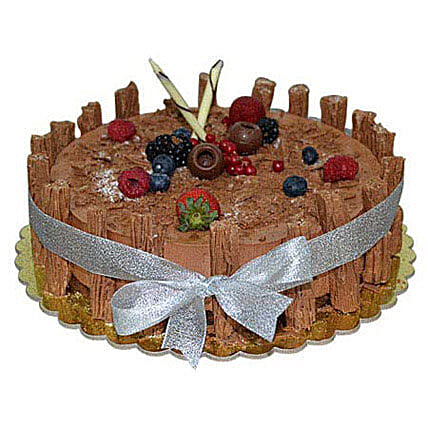 1 Kg Chocolate Flex Cake: New Year Cake Delivery in UAE