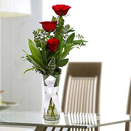 Beauty of Rose: Send Fathers Day Flowers to UAE