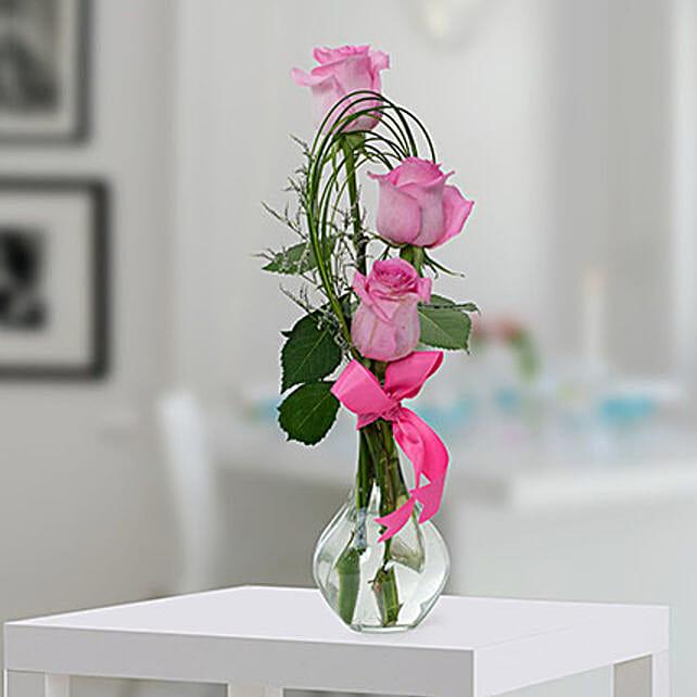 Pleasant Rose Arrangement: Send Boss Day Flowers to UAE