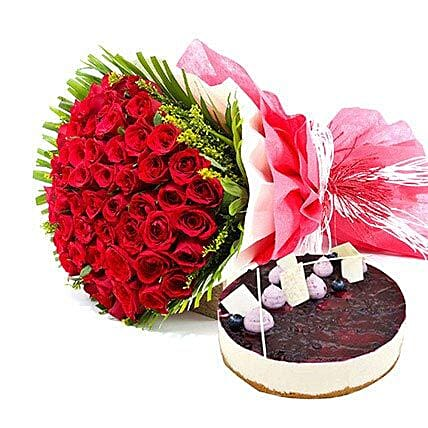 Roses n Blueberry Cheese Cake: Valentine Flowers and Cakes to UAE