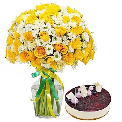 Sunshine Bouquet n Cake: Flowers and Cakes to Sharjah