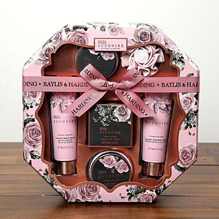 Baylis and Harding Grooming Hamper: Send Hug Day Gifts to UAE