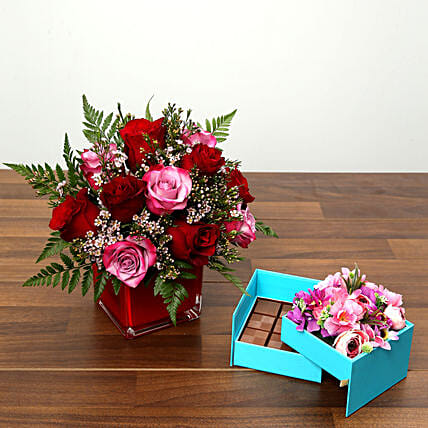 Red and Pink Roses With Belgium Chocolates: Send Valentines Day Flowers to UAE