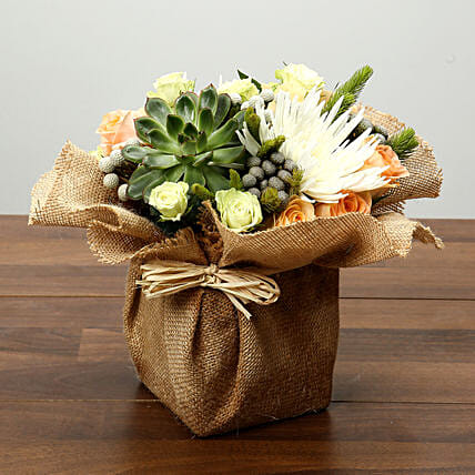 Roses and Delistar Flower Arrangement: Mother's Day Plants for UAE