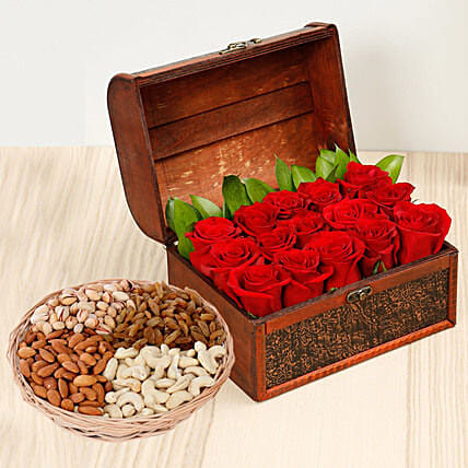 Rose Box Arrangement and Dry Fruits Combo: Send Mother's Day Flower and Dry Fruits to UAE