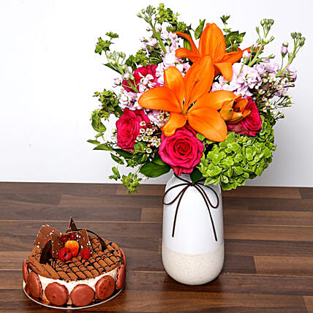 Vivid Mixed Flower Vase and Cake: Send Roses to UAE