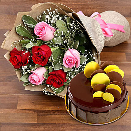 Beautiful Roses Bouquet With Chocolate Fudge Cake: Diwali Gift Delivery in Dubai UAE