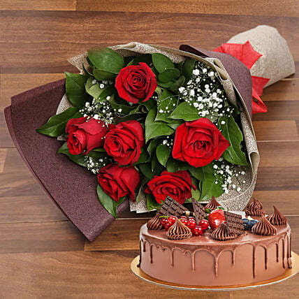 Elegant Rose Bouquet With Chocolate Fudge Cake: Same Day Gift Delivery in UAE