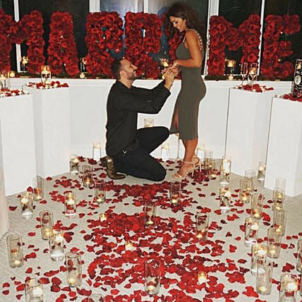 Romantic Proposal: Experiential Gifts in UAE
