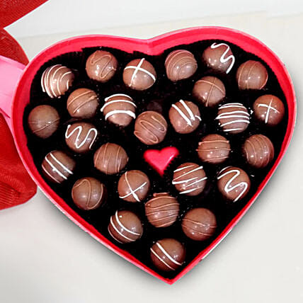 Heart Shape Valentine Chocolates: Valentine's Day Gifts to Sharjah