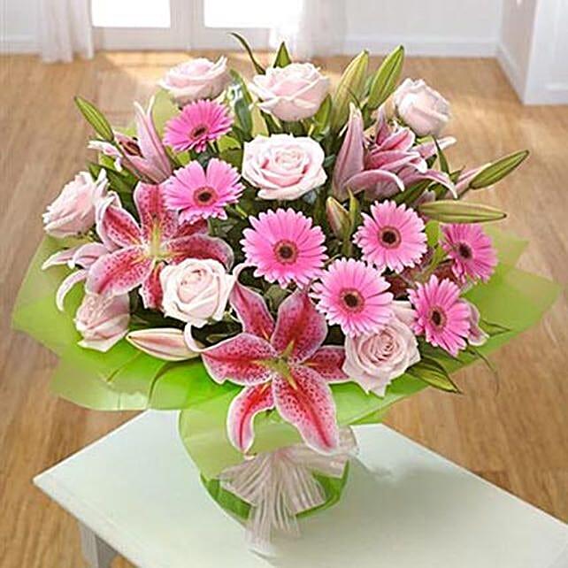 Lavish: Send Birthday Lilies to UK