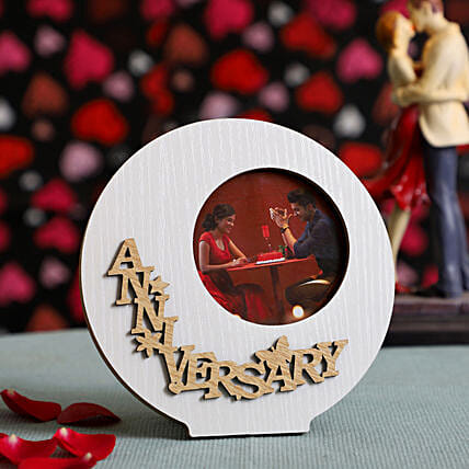 Round Anniversary Wooden Photo Frame: Send Personalised Gifts to UK