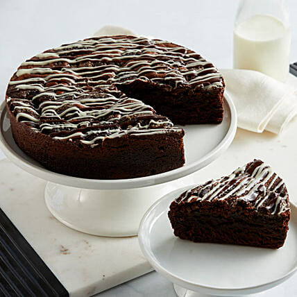 Cookies and Cream Brownie Cake: Gifts to San Francisco