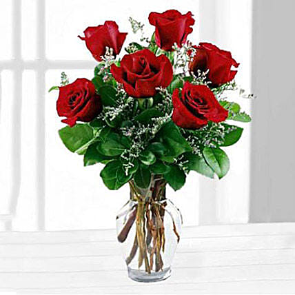 Six Red Roses In A Vase: Birthday Gifts to New Jersey