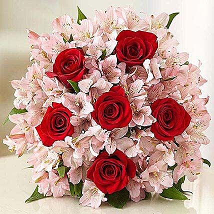 Lovely Bouquet: Send Valentines Day Roses to USA