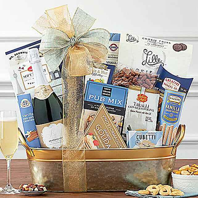 Kiarna California Champagne Basket: New Year Gifts to USA