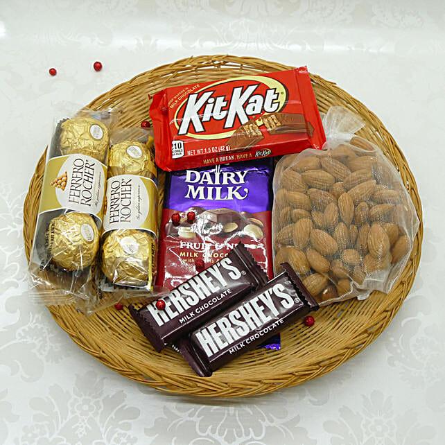 Yummy And Crunchy Bhai Dooj Thali: