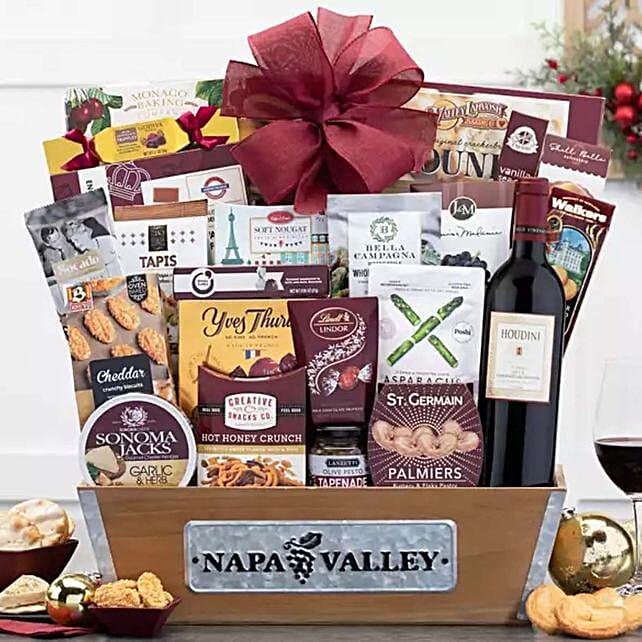 Houdini Napa Valley Cabernet Wine Basket: Christmas Gift Baskets to USA