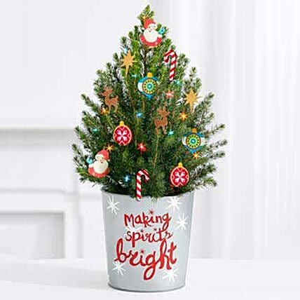 Bright Decorated Special Christmas Tree: Send Christmas Flowers to USA