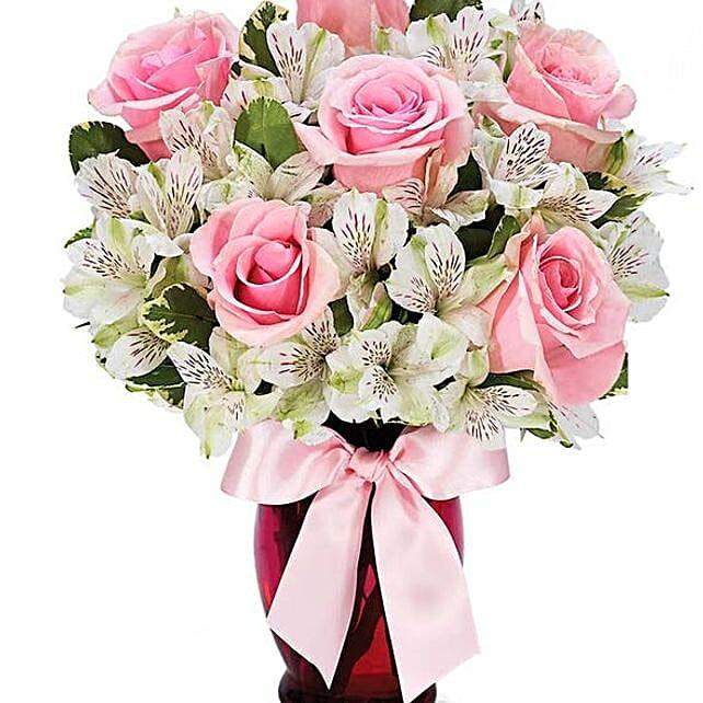 Elegant Pink Roses Bouquet: Roses