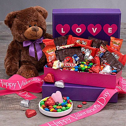 Valentine Special Chocolates And Teddy Bear: Valentine's Day Gifts to Tampa