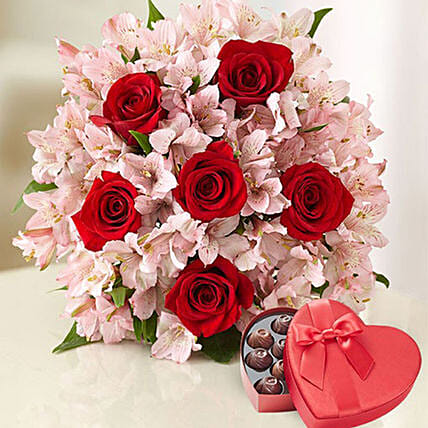 Love Expression With Roses And Lilies: Birthday Gifts to USA