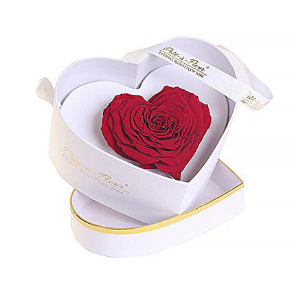 Chelsea Eternal Rose White Box: Send Roses to USA