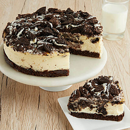 Cookies and Cream Cheesecake: Bhai Dooj Gift Delivery in USA