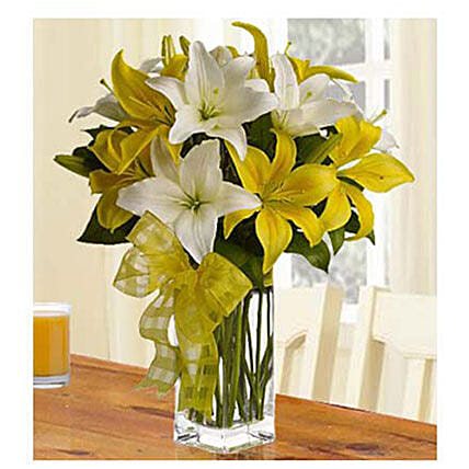 Fresh Love 12 White And Yellow Lilies: