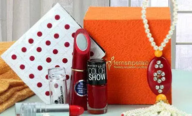 Cosmetics-n-spa-hampers