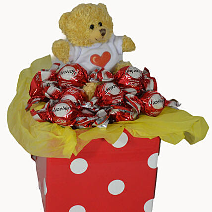 Chocolates N Teddy Combo:Send Valentines Day Gifts to Australia