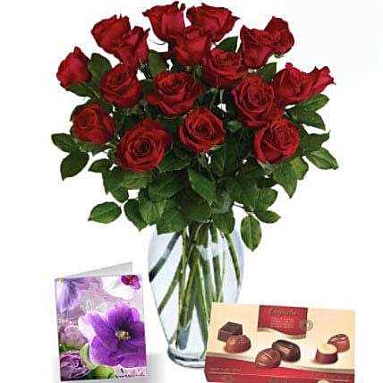 Red Roses N Chocolates Combo:Flowers and Chocolates Delivery in Australia