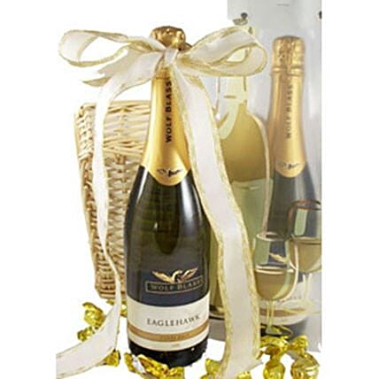 Sparkly Christmas Hamper:Send Chocolate to Australia