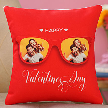 valentine day printed cushion for couple