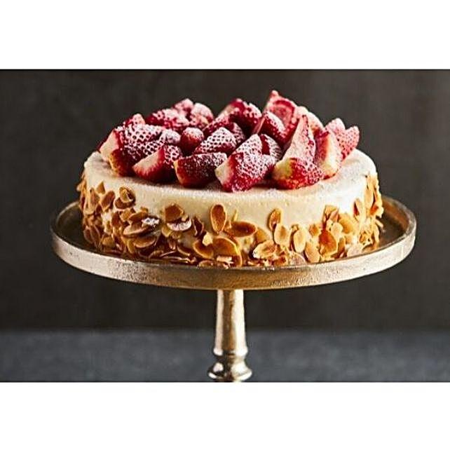 Vanilla Fruit Cake Delight