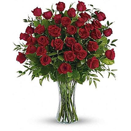 Big Luxurious Red Roses Arrangement