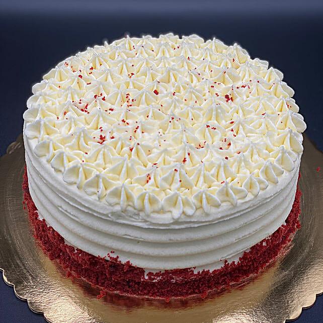 Flavoursome Red Velvet Eggless Cake