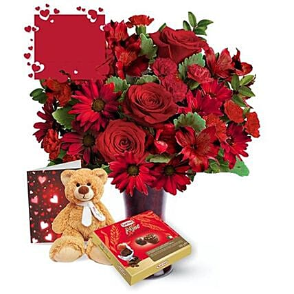 Forever Love Valentine Gift Set:Flowers and Chocolates to Canada
