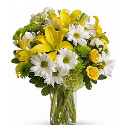 Fresh Flowers Bouquet:Lilies