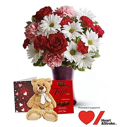 Heartfelt Kisses Valentine Gift Set:Mother's Day Flower Bouquets to Canada
