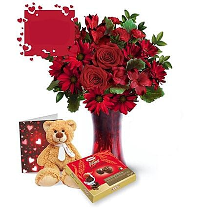 Make It Special Valentine Gift Set:Flowers and Chocolates Delivery in Canada