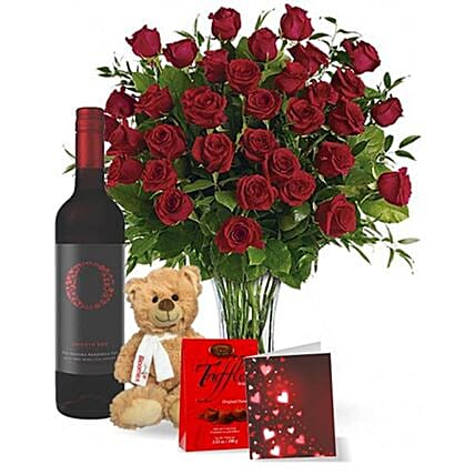 Perfect Valentine With Wine Gift Set:Send Valentines Day Chocolates to Canada