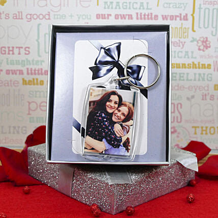 Photo Keychain And Gift Box:Personalised Gifts to Canada