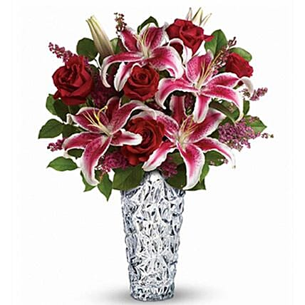 Sweetheart Special Flowers Bouquet:Mother's Day Flower Bouquets in Canada