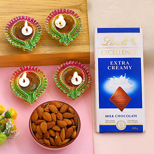 Diwali Celebration Diyas And Treats Hamper