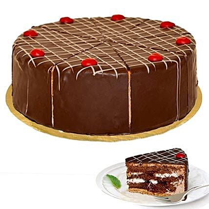 Dessert Blackforest Cherry Cake:Send Gifts to Stuttgart