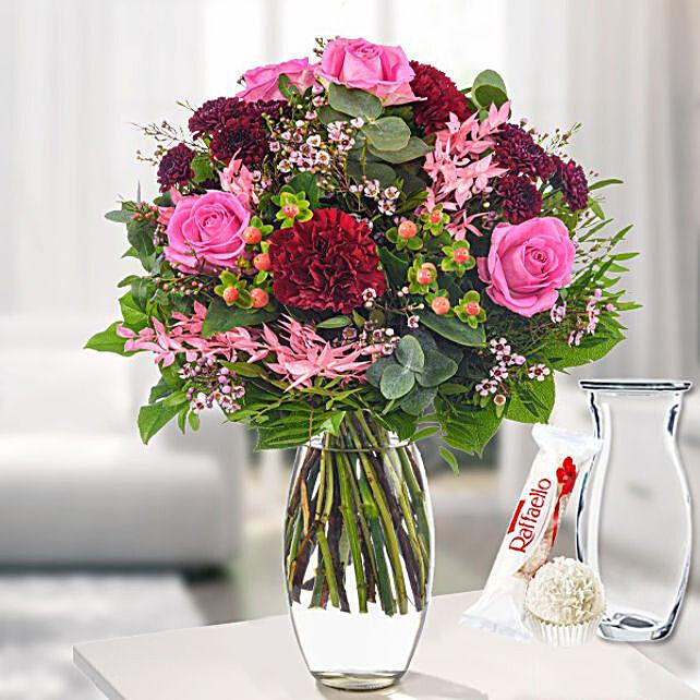 Flower Bouquet Freude With Vase And Ferrero Raffaello