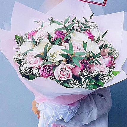 Lively Rose Bouquet:Deliver Flowers in Indonesia